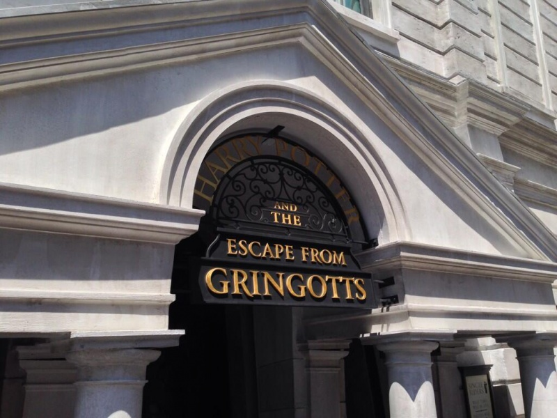 [18-31 octobre 2014] Voyage de noces à Walt Disney World et à Universal - Page 22 403427escapegringotts