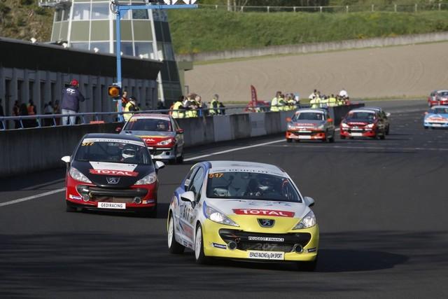 Un Week-end Perché Pour Les Rencontres Peugeot Sport ! 405684RencontresPeugeotSport