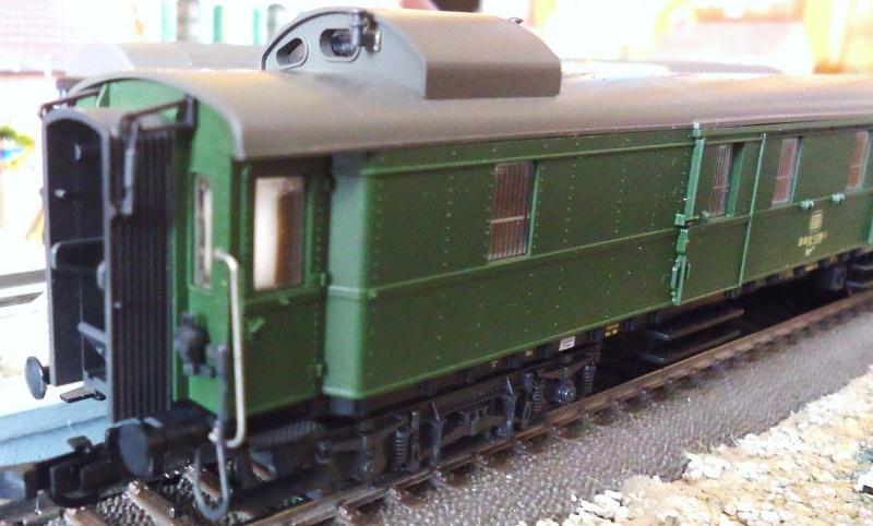 Roco ho: voitures de la DB pour train express 406405DSC03565