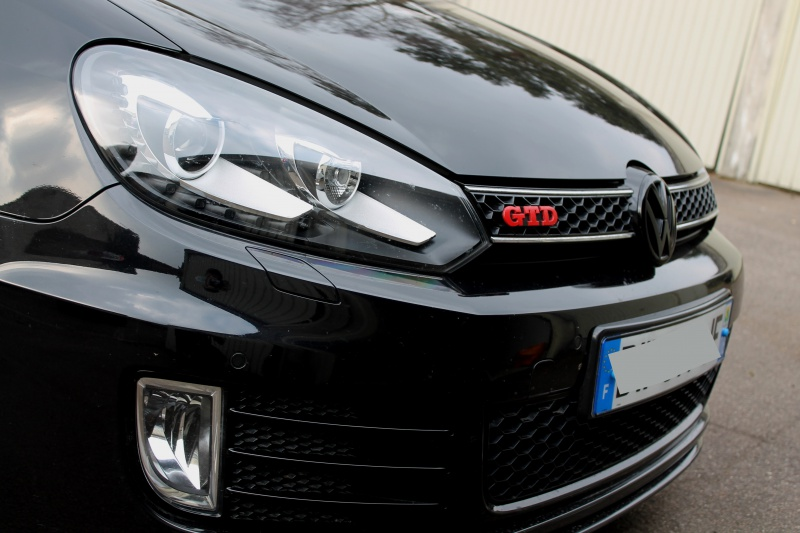 Golf 6 Gtd black - 2011 - 220 hp - Shooting p13 et insignes Piano Black p25 - Page 15 406527IMG1553bis
