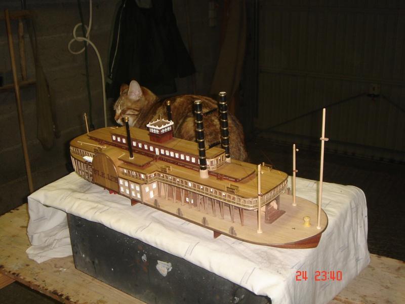 Bateau vapeur Robert E. Lee 1866 (Constructo 1/48°°) de Henri 406892DSC06820