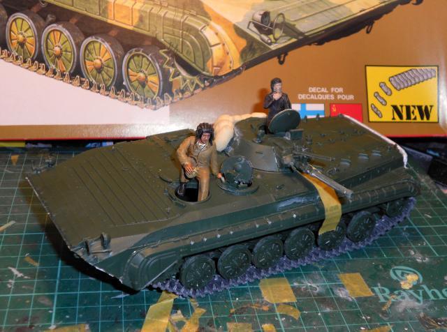 BMP-1 ESCI 1/35e 412607Aot2011059