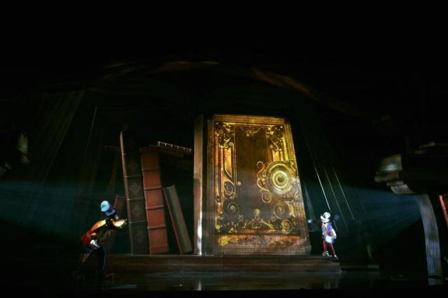 [Hong Kong Disneyland] Mickey and the Wondrous Book (2015) 415390w37