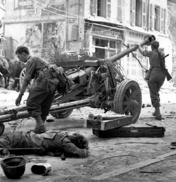 Le Bataillon de Choc 1943/1963. Photos. 4171410909240602467043945152491
