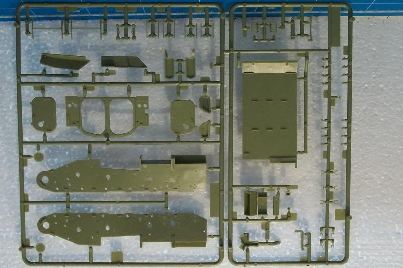 AMX 13 VCI 1/35ème Réf 81140 419174VCI0023