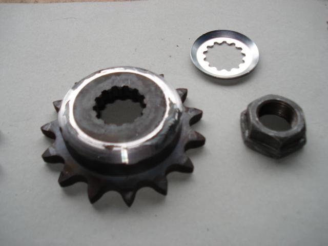 Restauration et modification  Z650 - Page 2 420142DSC03815