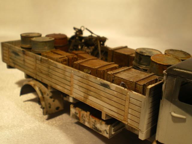 tracteur d artillerie soviétique chtz s-65 version allemande 1/35 trumpeter,tirant 2 blitz de la boue - Page 2 421670IMGP2331