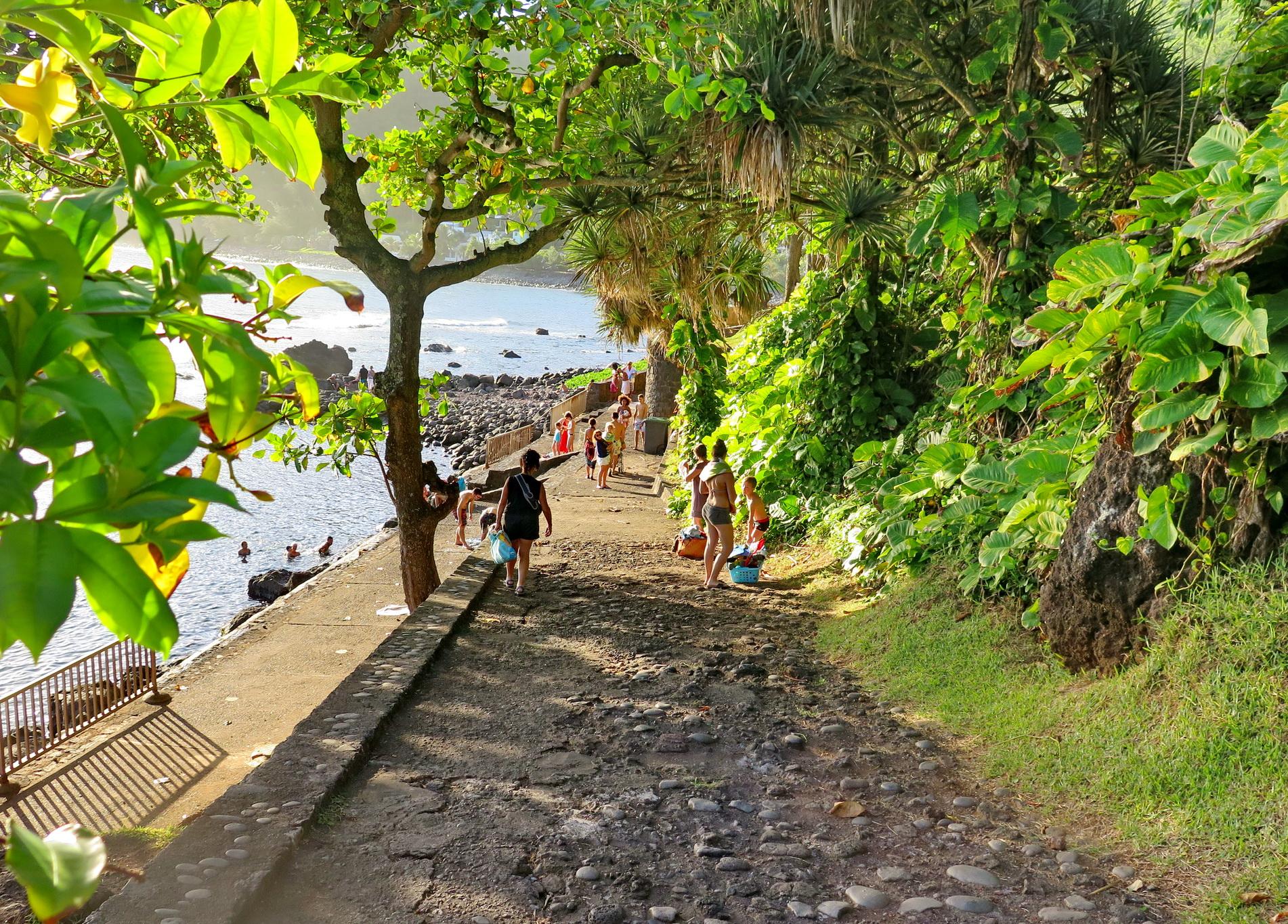 [Vie des ports] Les ports de la Réunion - Page 4 422577IMG0281