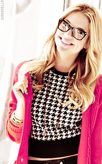 Ashley Benson 42359837