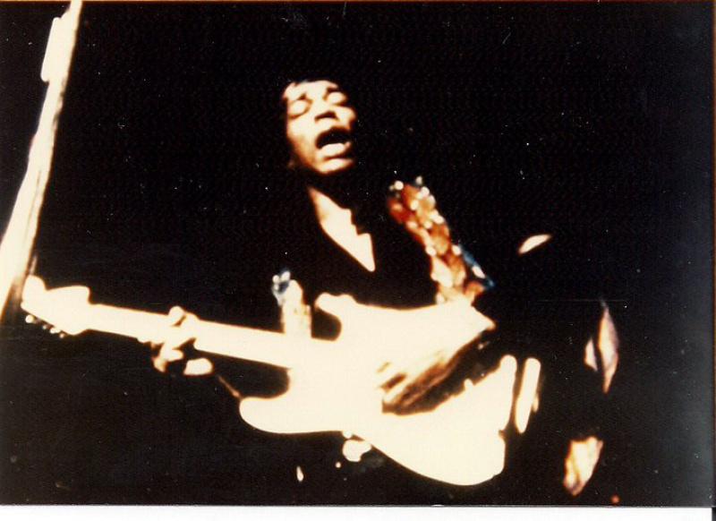 Berkeley (Berkeley Community Theatre) : 30 mai 1970 [Premier concert] 42799066797123743975243317224417824402996058398n