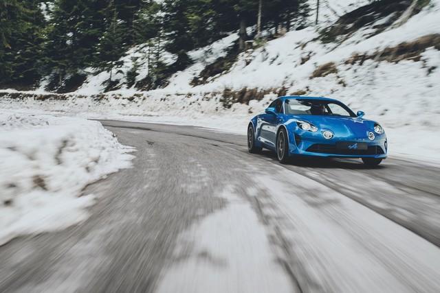 Alpine est de retour - A110, la voiture de sport française agile et compacte 436005C5vmvpEXMAEXAY