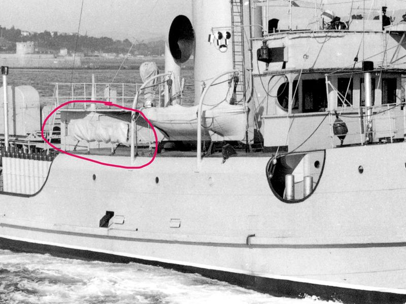 Patrouilleur Paon - 1942 (scratch navigant 1/100°) de steph13  - Page 10 436243Paonquestion1