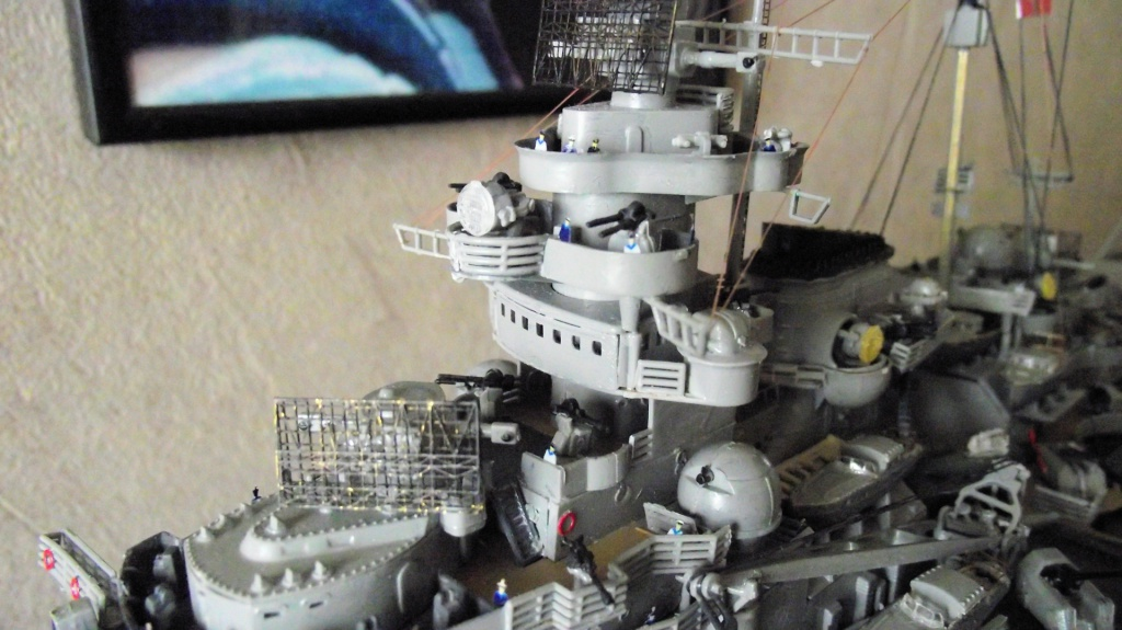 Tirpitz Revell au 1/350° 438451TipitzRevell1x35015