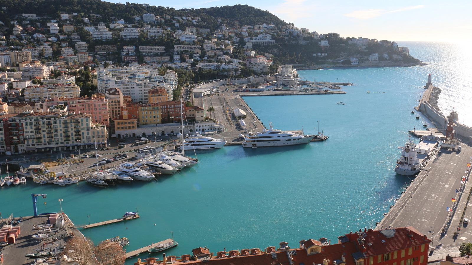 [Vie des ports] Le Port de Nice - Page 3 440982IMG2160