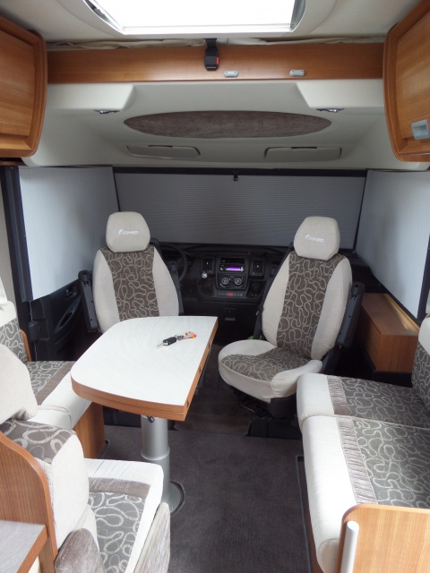 Itinéo SB740 nombeuses options à vendre. Vendu 441092SAM1342