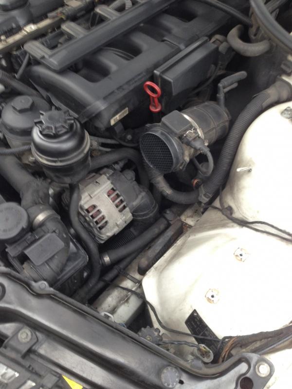 [Moteur M52TU/M54] Changement soupape de ventilation d'huile 442536IMG5159