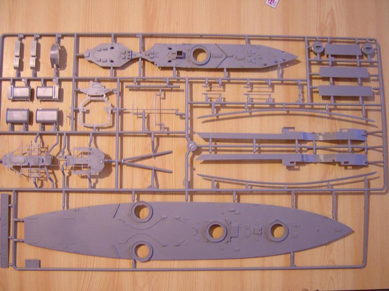 1/350 Zvezda HMS Dreadnougth 443804DSCN7174