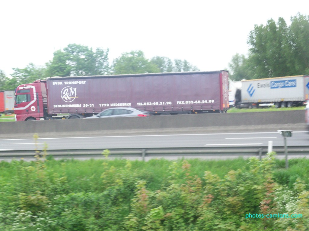 J & M Transport (Liedekerke) 444111photoscamions11mai201271Copier