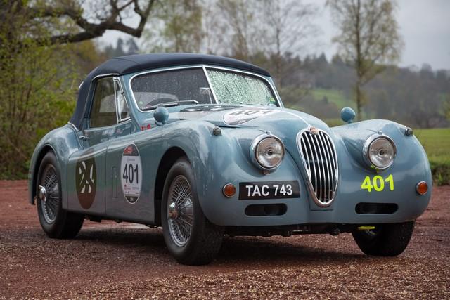 Jaguar Heritage Aux Milles Miglia 2015 Avec Des Modeles D'exception 445752JaguarXK140TAC743Image12051510