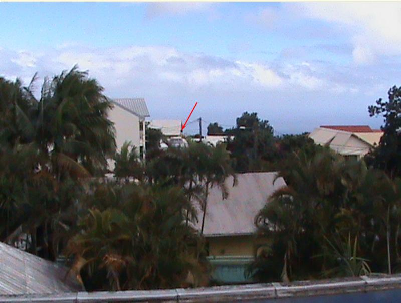 2011: le 01/01 à Entre 1h00 et 2h00 - Boules lumineuses oranges - Le Tampon - La Réunion (974) - Page 4 446197lubi9747