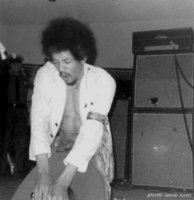 Virginia Beach (Civic Dome) : 21 août 1968 [Second concert] 44851319680821Domen