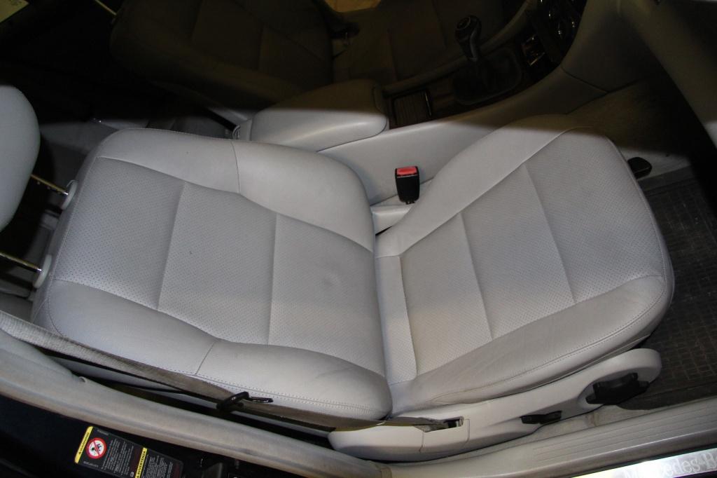 Pulizia Interni in Pelle - Mercedes C220 LETAMAIO 452967IMG1463