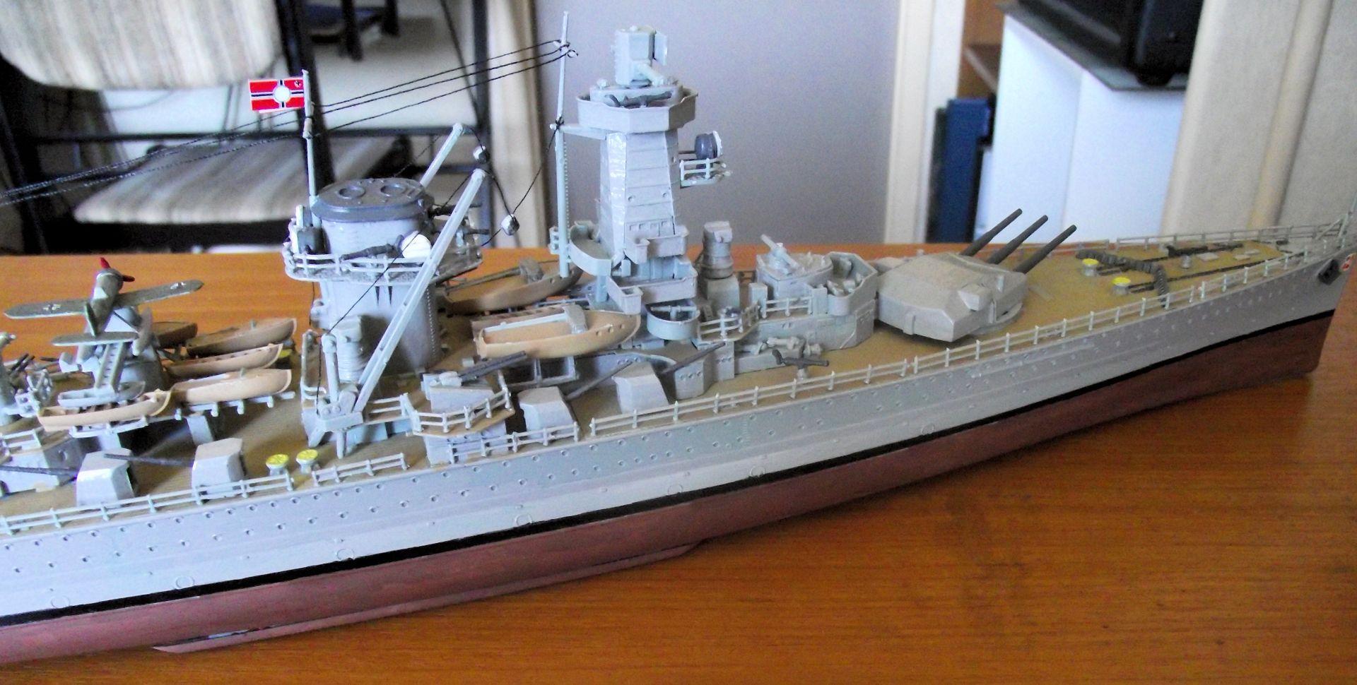 Admiral Graf Spee 1/350 Academy  455214DSCF0806