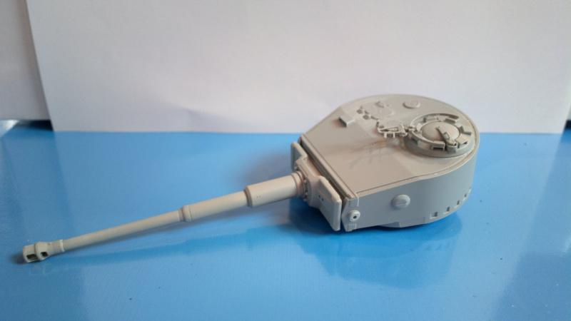 Pz.Kpfw.VI Ausf.E TIGER I ; DRAGON 1/35. 460708201408202449