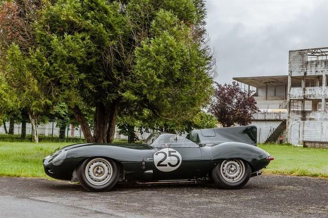 Les Jaguar XF, F-Pace et F-Type célèbrent les 60 ans de la victoire de la Type D aux 12 Heures de Reims Lors De La 22ème Edition De Sport Et Collection 462593IMG4610LowRes