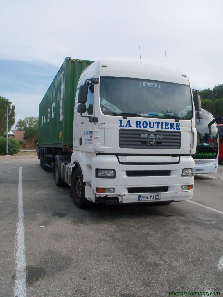 La Routiere (Cournon 63) 466318photoscamion28VI1128Copier