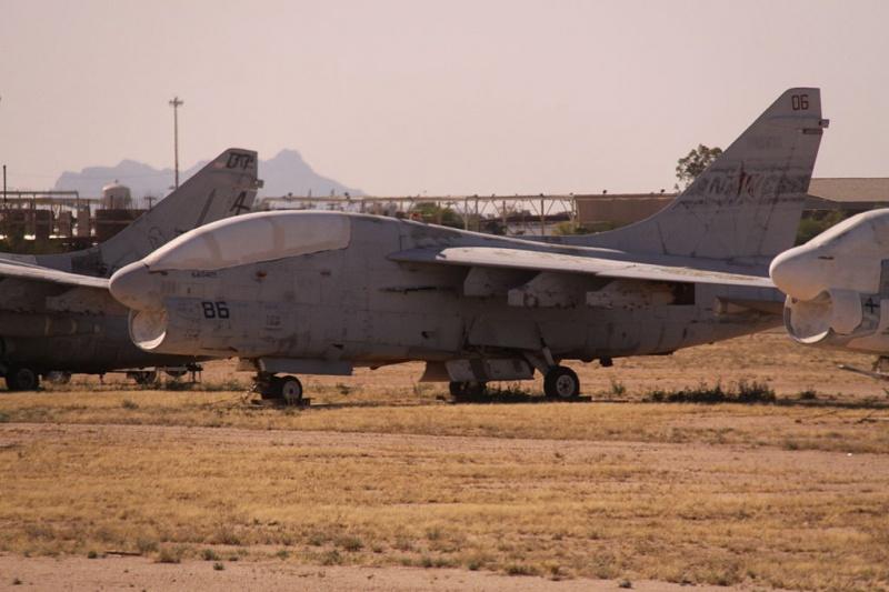 LTV A-7 Corsair II [NOUVELLE VERSION] 468241LTVEA7LCorsairII2