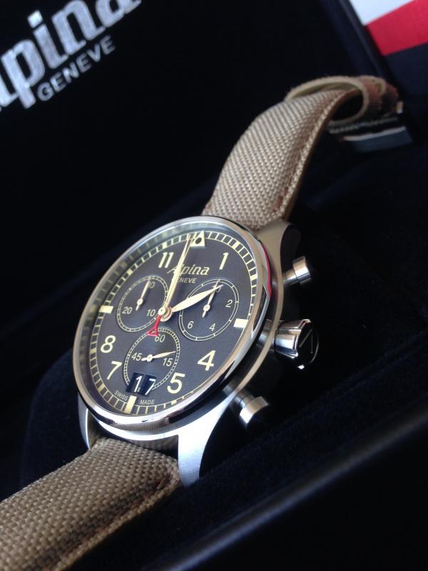 Alpina - Heureux propriétaire d'une Alpina Chronograph Big Date!!!! 468371IMG4510