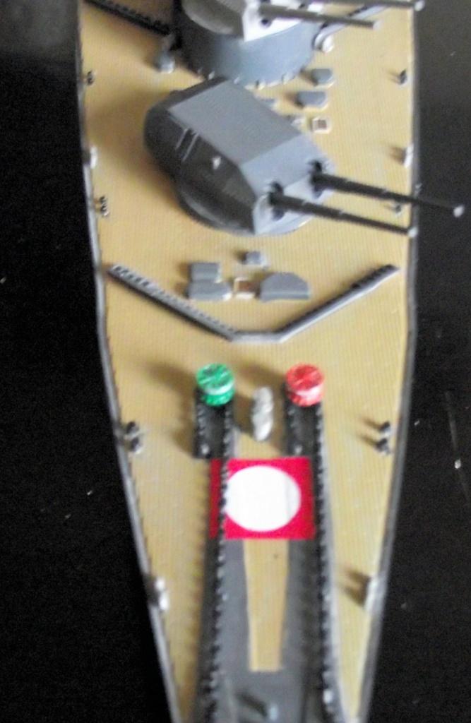 Tirpitz Revell au 1x350 avec PE - Page 2 468958DSCF0337