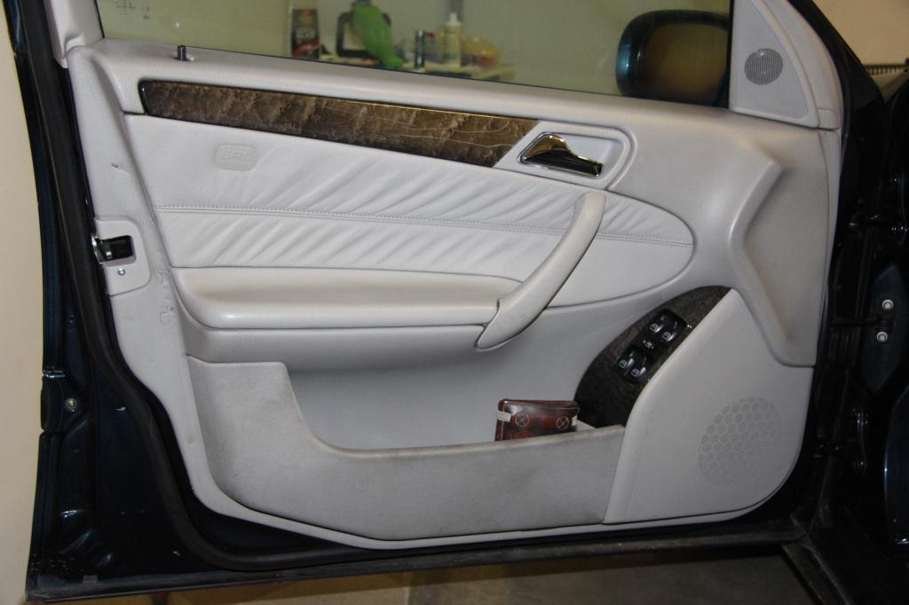 Pulizia Interni in Pelle - Mercedes C220 LETAMAIO 471813IMG1466