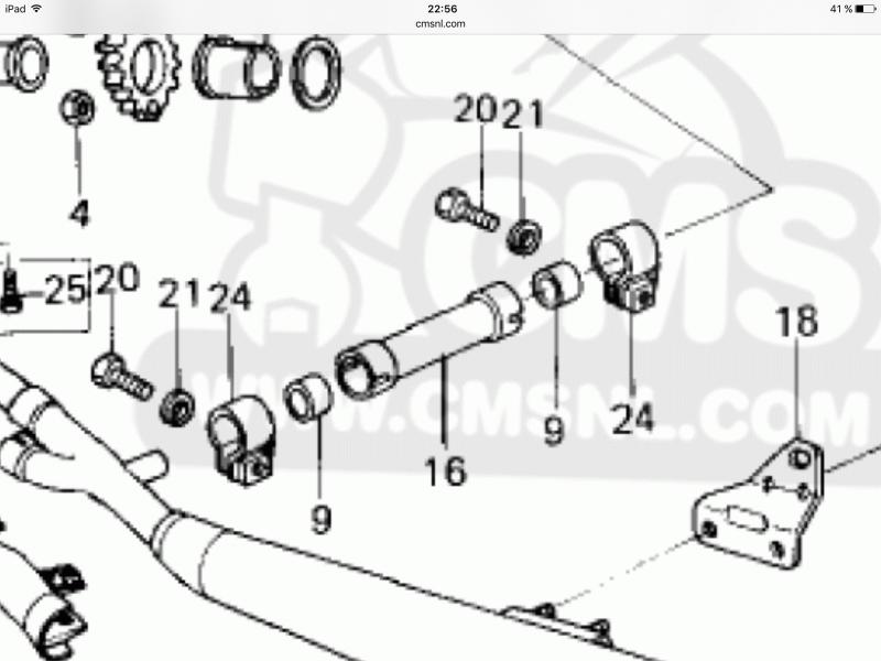 Dépucelage par KZ 650  - Page 3 472491image968