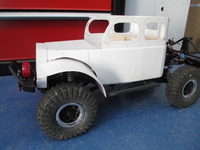 Futur projet, Dodge Legacy power wagon - Page 3 472520IMG1412