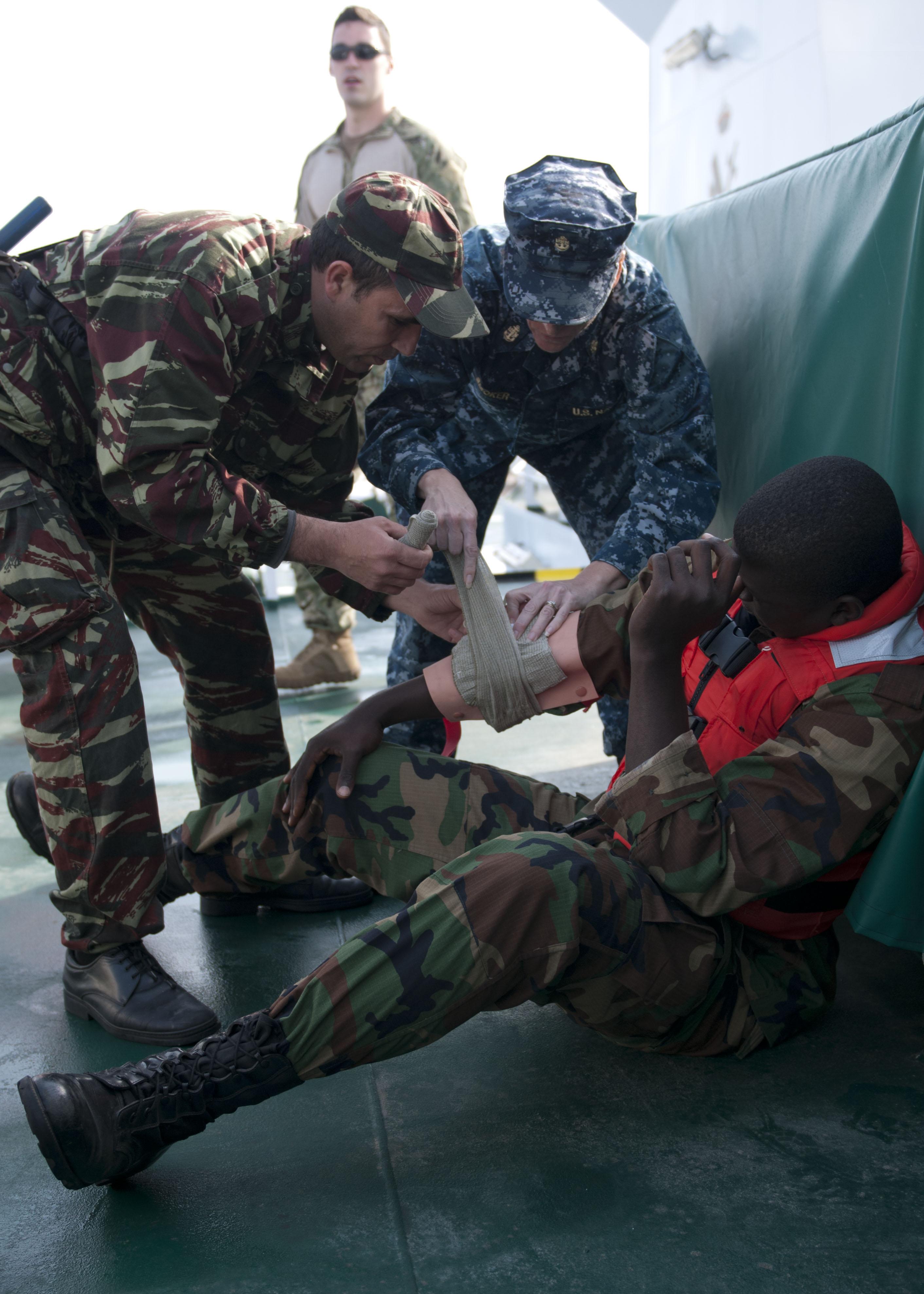 البحرية الملكية المغربية -شامل- - صفحة 12 4781071304100745472127b20efo