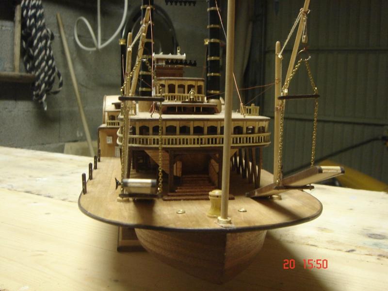 Bateau vapeur Robert E. Lee 1866 (Constructo 1/48°°) de Henri 479057DSC06833