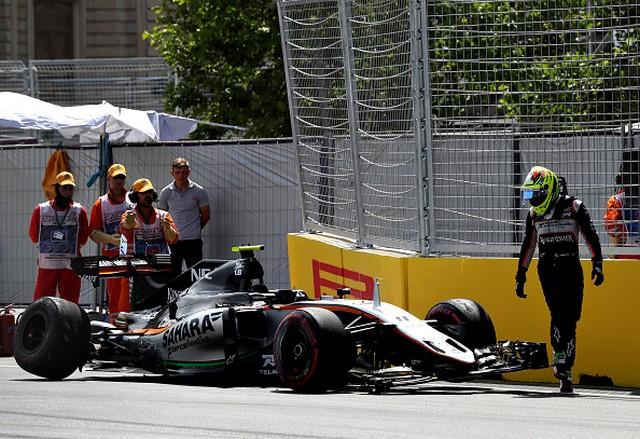 F1 GP d'Europe à Bakou 2016 (éssais libres -1 -2 - 3 - Qualifications) 4791272016sortiedepisteSergioPerez