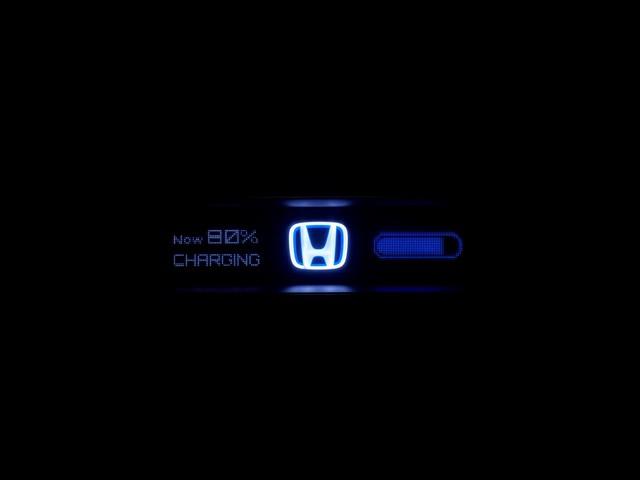 Salon Automobile de Francfort 2017 : la vision électrique de Honda se précise 481417113092WorldpremiereoftheHondaUrbanEVConcept