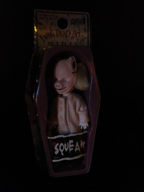 Mes poupées : Living Dead Dolls et créations 484777DSC01675