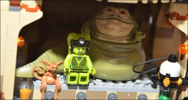 LEGO STAR WARS - 9516 - Jabba's Palace 4869339516JabbaPalaceMinifiguresNYToyFair2012thumb
