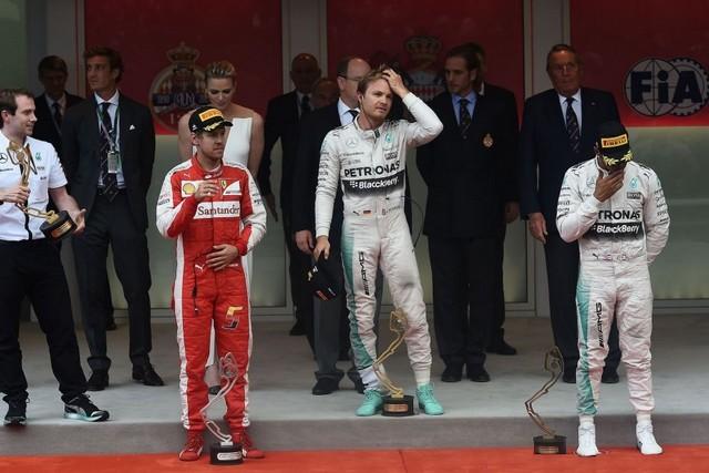 F1GP de Monaco 2015 : Victoire Nico Rosberg  4901882015vettelRosberghamilton1