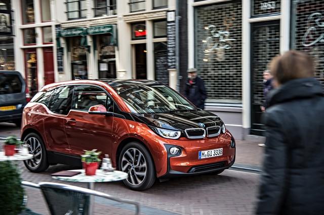 BMW i étend son réseau d'agents. 490241P90136116highResbmwi3exterior102