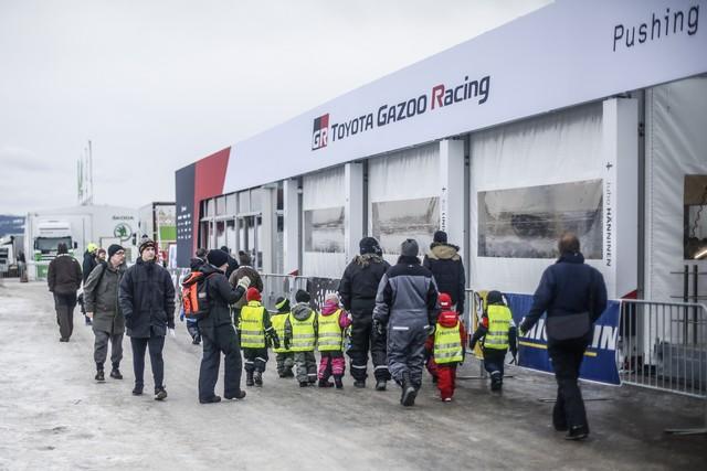 Jari-Matti Latvala Gagne En Suède Avec La Yaris WRC Et Prend La Tête Du Championnat Du Monde 490417AV2017002146