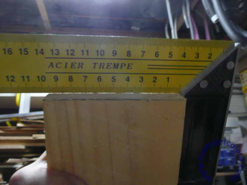 The Badger Workbench (ou l'etabli du blaireau) 490768P1030632mb