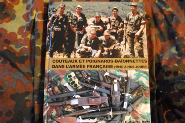 Couteaux et poignards baionnettes dans l' Armée Française 1940 à nos jours 492546DSCF3962
