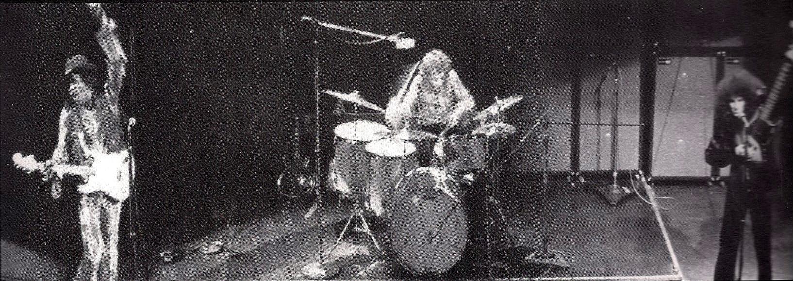 New York (Fillmore East) : 10 mai 1968 [Second concert] 493250scanjpg80099