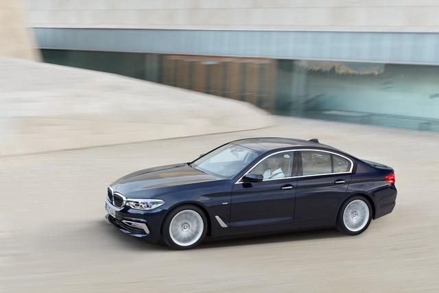 BMW Group au salon de Detroit NAIAS 2017 493371P90237320highResthenewbmw5series