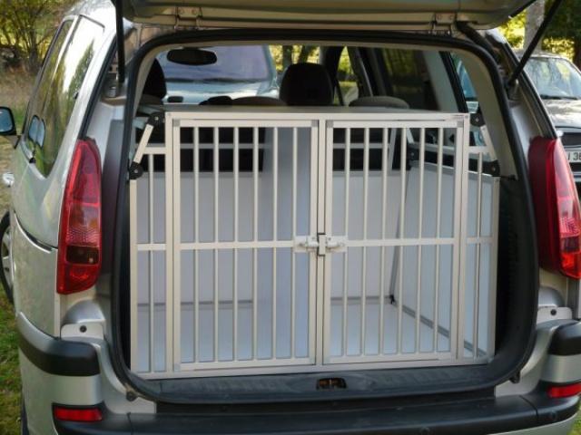 Transport en voiture des chiens et chats - Page 5 493755cagedetransportpourchien9